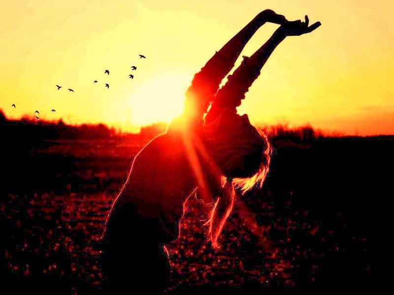 Brahma Kumaris saludo al sol