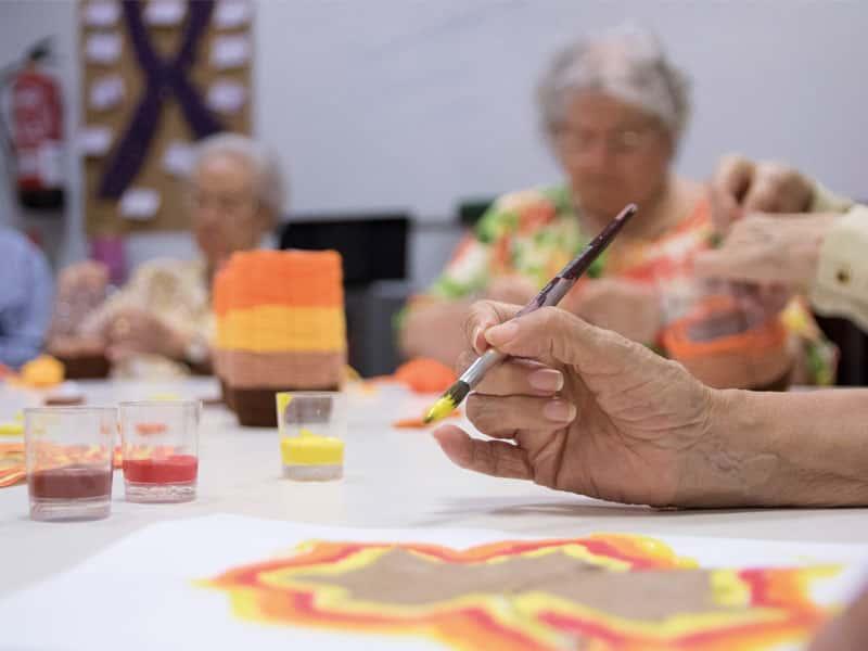 Gent Grant: Importància de les teràpies artístiques en pacients amb Alzheimer