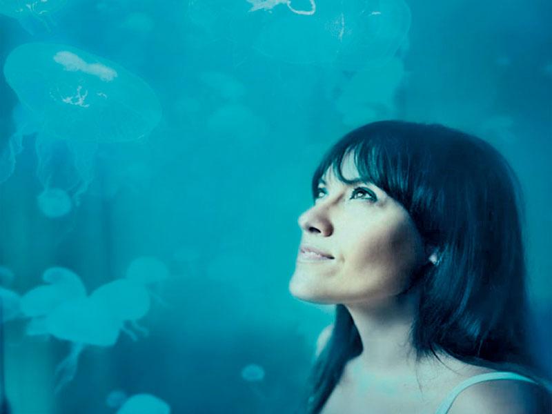 "Música: Clara Luna presenta""Pure  imagination"""