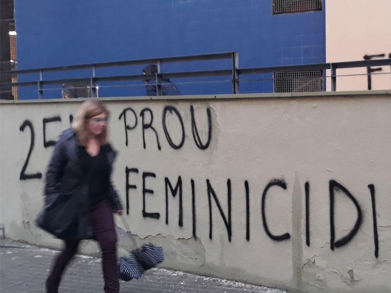 Exposició: Una mirada en femení