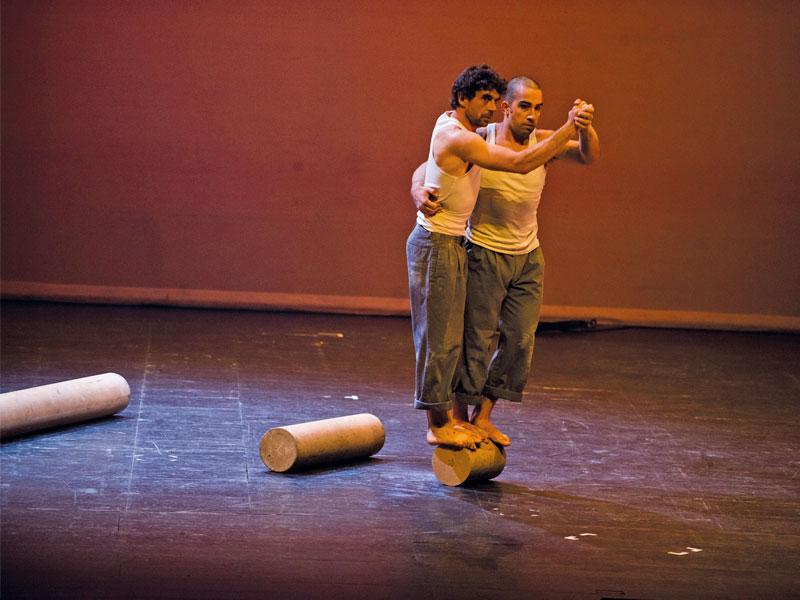 Arts Escèniques: Quan no tocàvem de peus a terra
